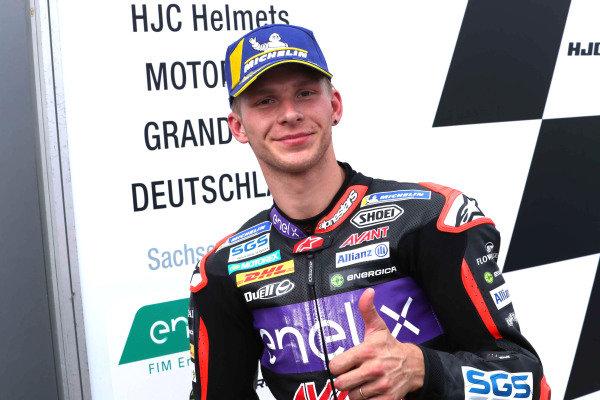 Race winner Niki Tuuli, Ajo Motorsport.