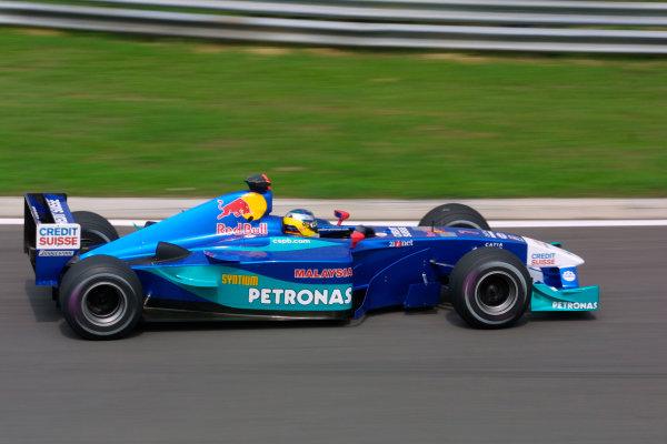 2002 Hungarian Grand Prix - Friday PracticeHungaroring, Budapest, Hungary. 16th August 2002Nick Heidfeld (Sauber C21-Petronas).World Copyright - LAT Photographicref: digital file