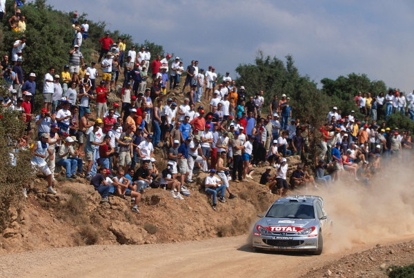 2002 World Rally ChampionshipAcropolis Rally, Greece. 13th - 16th June 2002.Richard Burns/Robert Reid, Peugeot 206 WRC, action.World Copyright: McKlein/LAT Photographicref: 35mm Image A08