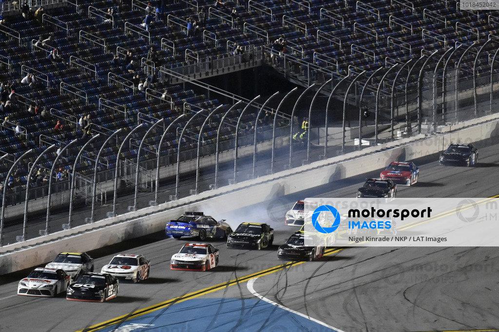 #22: Austin Cindric, Team Penske, Ford Mustang Verizon 5G and #20: Harrison Burton, Joe Gibbs Racing, Toyota Supra DEX Imaging