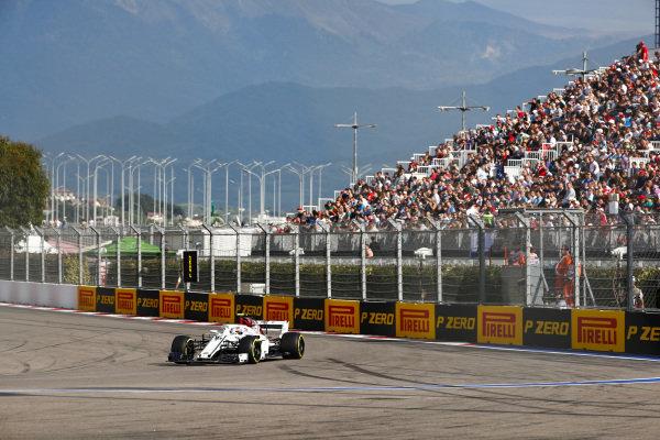 Charles Leclerc, Sauber C37 Ferrari spins