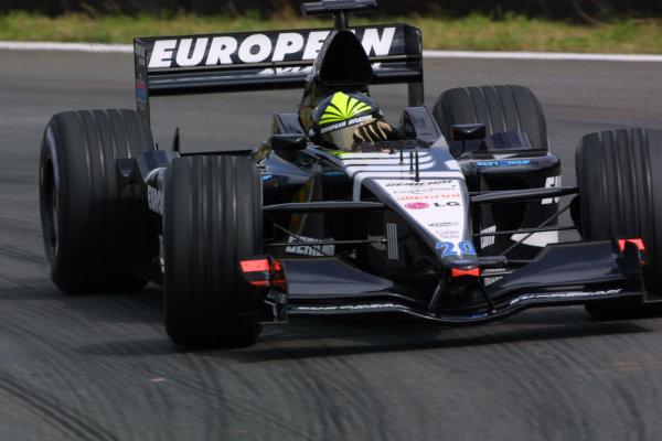 2001 Brazilian Grand Prix.Interlagos, Sao Paulo, Brazil. 30/3-1/4 2001.Tarso Marques (Minardi PS01 European).World Copyright - LAT Photographicref: 8 9 MB Digital
