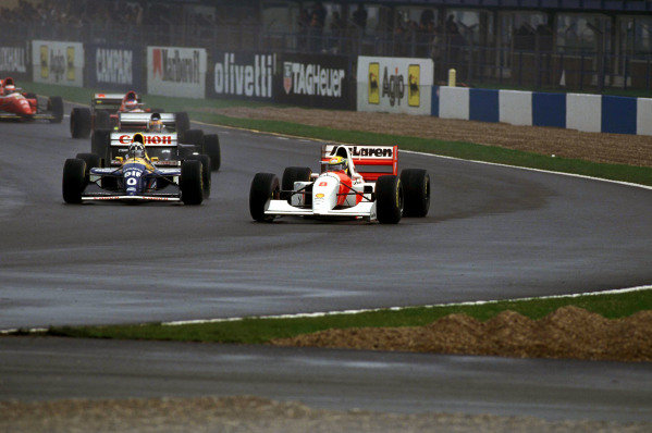 Ayrton Senna, McLaren MP4-8 Ford, leads Damon Hill, Williams FW15C Renault.