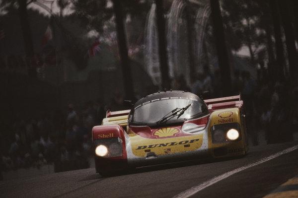 Hans-Joachim Stuck / Klaus Ludwig / Derek Bell, Porsche AG, Porsche 962 C.