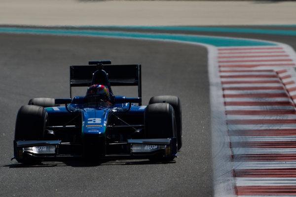 2015 GP2 Series Test 3. Yas Marina Circuit, Abu Dhabi, United Arab Emirates. Wednesday 2 December 2015. Dean Stoneman (GBR, Carlin)  World Copyright: Sam Bloxham/LAT Photographic. ref: Digital Image _G7C9178