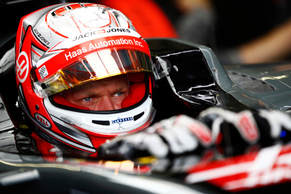 Red Bull Ring, Spielberg, Austria. Saturday 08 July 2017. Kevin Magnussen, Haas F1, in cocpkit with helmet visor raised. World Copyright: Andy Hone/LAT Images ref: Digital Image _ONY0304