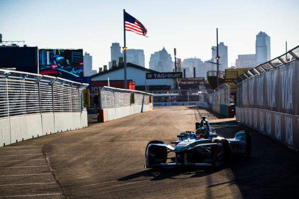 2016/2017 FIA Formula E Championship. Round 10 - New York City ePrix, Brooklyn, New York, USA. Sunday 16 July 2017. Robin Frijns (NLD), Amlin Andretti, Spark-Andretti, ATEC-02. Photo: Sam Bloxham/LAT/Formula E ref: Digital Image _J6I4166