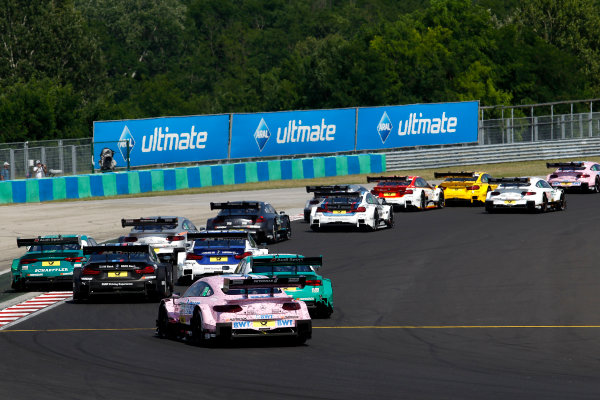 2017 DTM Round 3 Hungaroring, Budapest, Hungary. Sunday 18 June 2017. Start action World Copyright: Alexander Trienitz/LAT Images ref: Digital Image 2017-DTM-R3-HUN-AT1-2283