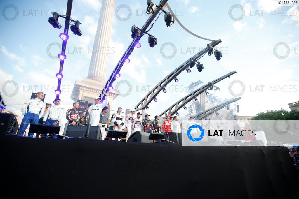London, United Kingdom.  Wednesday 12 July 2017. All the attending drivers on stage. World Copyright: Joe Portlock/LAT Images  ref: Digital Image _L5R8785
