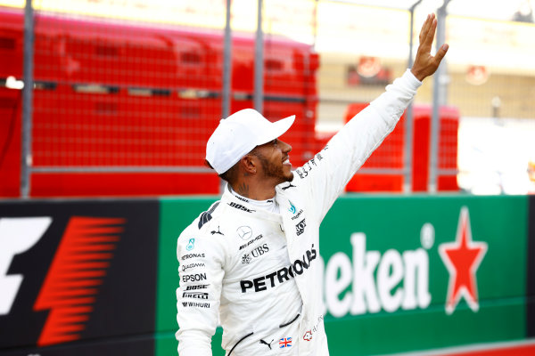 Circuit of the Americas, Austin, Texas, United States of America. Saturday 21 October 2017. Lewis Hamilton, Mercedes F1 W08 EQ Power+, waves to the fans after taking Pole Position. World Copyright: Steven Tee/LAT Images  ref: Digital Image _O3I4026