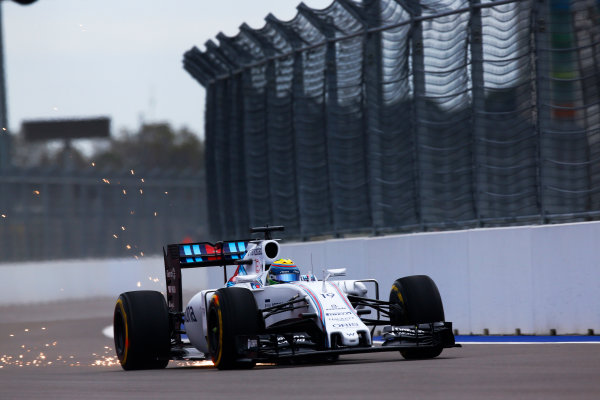 Sochi Autodrom, Sochi, Russia. Friday 09 October 2015. Felipe Massa, Williams FW37 Mercedes. World Copyright: Alastair Staley/LAT Photographic. ref: Digital Image _R6T9508