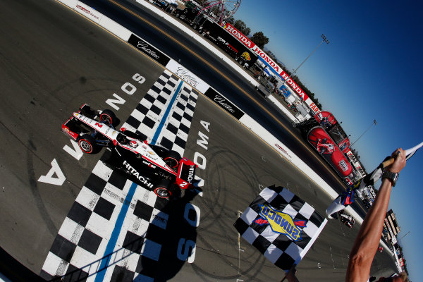 24-26 August, 2012, Brooklyn, Michigan, USARyan Briscoe takes the checkered flag and win(c)2012, Michael L. LevittLAT Photo USA