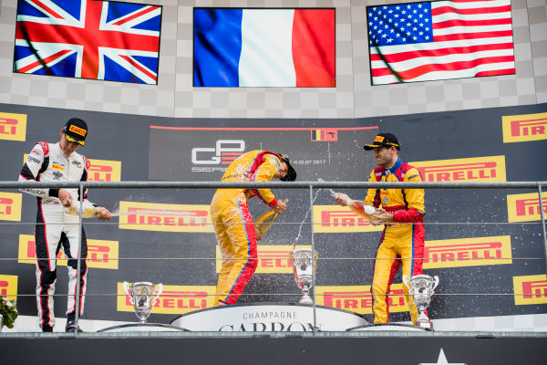 2017 GP3 Series Round 5.  Spa-Francorchamps, Spa, Belgium. Sunday 27 August 2017. George Russell (GBR, ART Grand Prix), Giuliano Alesi (FRA, Trident), Ryan Tveter (USA, Trident).  Photo: Zak Mauger/GP3 Series Media Service. ref: Digital Image _56I3099