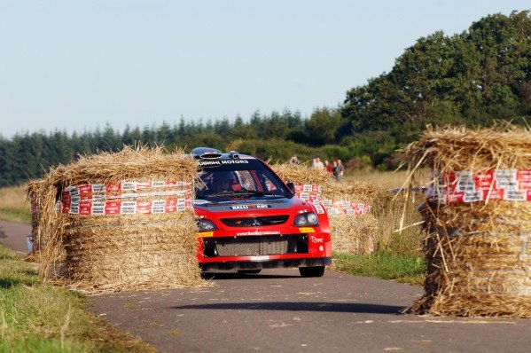 Gigi Galli (ITA), Mitsubishi Lancer WRC, negotiates a chicane on Stage 14 on his way to fifth place. FIA World Rally Championship, Rd11, Rallye Deutschland, Trier, Germany, Day Three, Sunday 28 August 2005. DIGITAL IMAGE