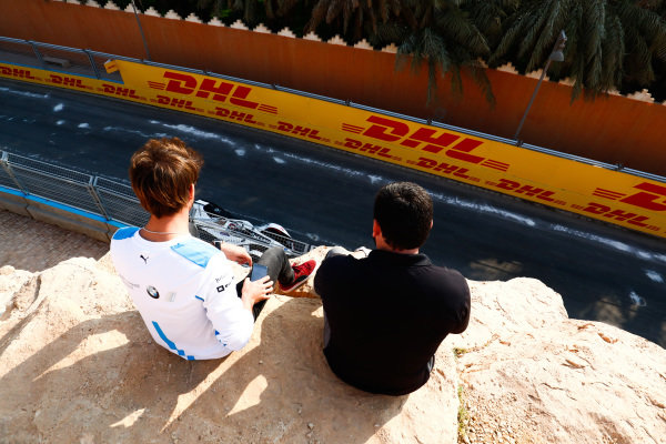 Antonio Felix da Costa (PRT), BMW I Andretti Motorsports, sits and watches testing