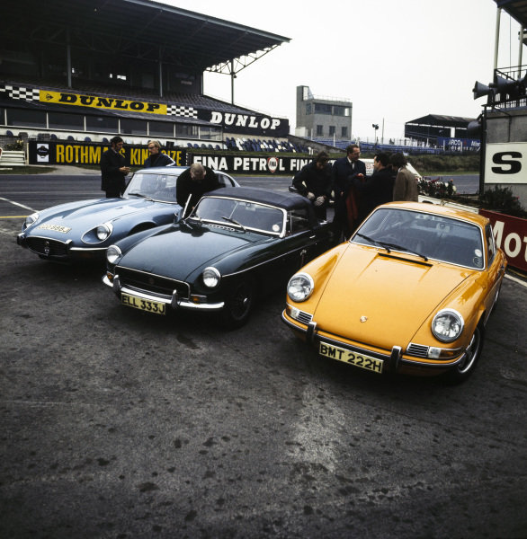 Jaguar E-Type, MGB and Porsche 911 at Brands Hatch for a high performance driving course