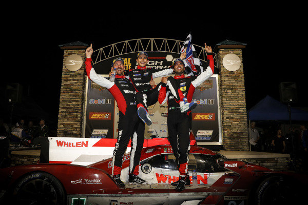 #31 Whelen Engineering Racing Cadillac DPi, DPi: Felipe Nasr, Pipo Derani, Eric Curran, podium