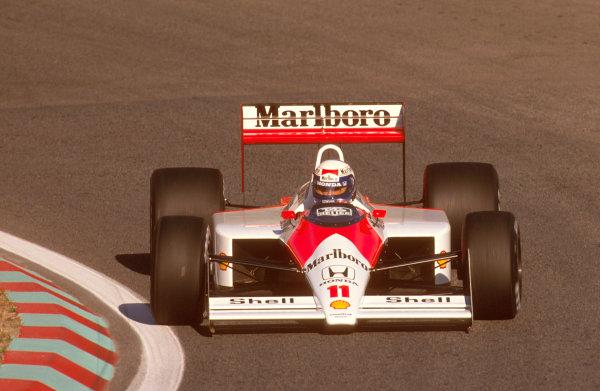Estoril, Portugal.23-25 September 1988.Alain Prost (McLaren MP4/4 Honda) 1st position.Ref-88 POR 14.World Copyright - LAT Photographic
