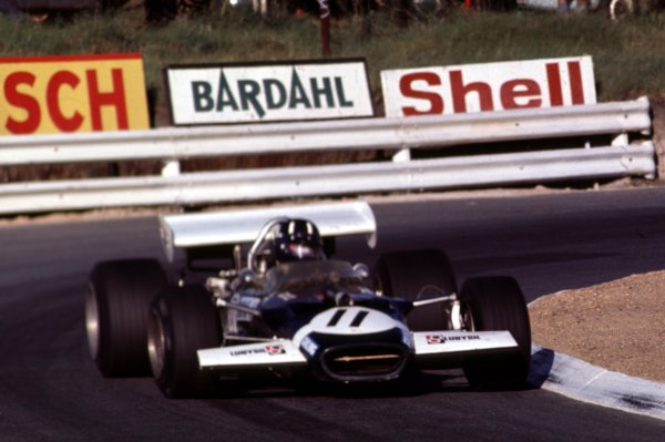 1970 South African Grand Prix.Kyalami, South Africa.5-7 March 1970.Graham Hill (Lotus 49C Ford) 6th position.Ref-70 SA 06.World Copyright - LAT Photographic