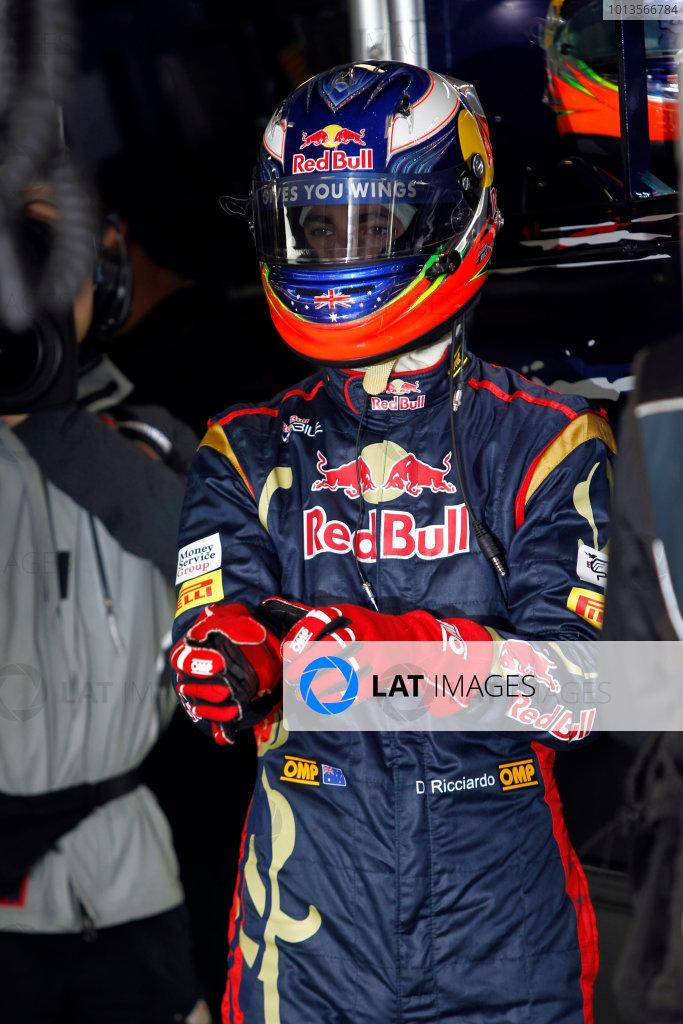 Albert Park, Melbourne, Australia 25th March 2011. Daniel Ricciardo, Toro Rosso STR6. Portrait. Helmets.  World Copyright: Andrew Ferraro/LAT Photographic ref: Digital Image