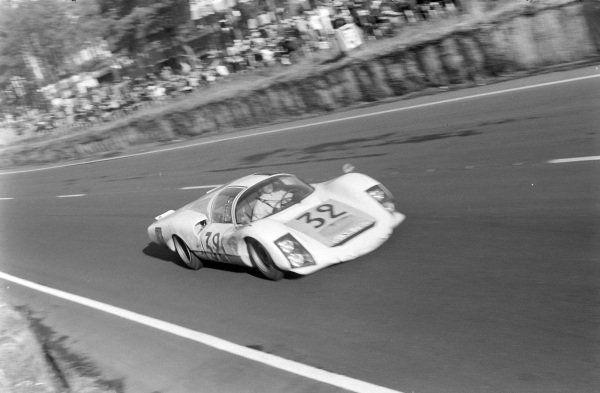 Udo Schütz / Piet de Klerk, Porsche System Engineering, Porsche 906/6 Carrera 6 Langheck.