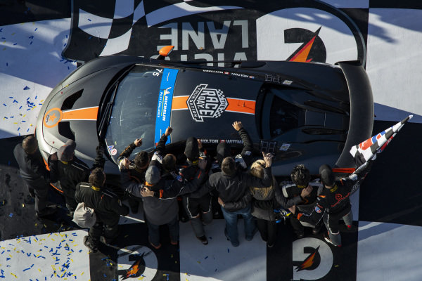 #75 Compass Racing McLaren GT4, GS: Paul Holton, Kuno Wittmer, GS Race Winners