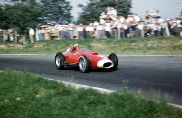 1957 Italian Grand Prix.Monza, Italy.6-8 September 1957.Luigi Musso (Lancia-Ferrari D50 801), 8th position.Ref-57 ITA 10.World Copyright - LAT Photographic