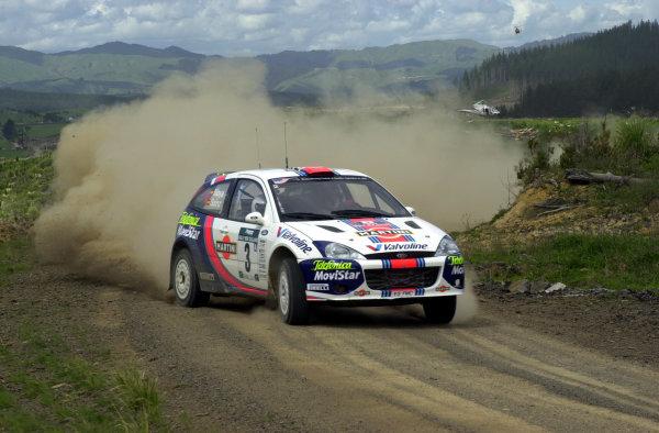 2001 World Rally Championship.Rally of New Zealand. September 20-23, 2001.Auckland, New Zealand.Carlos Sainz on stage 23.Photo: Ralph Hardwick/LAT