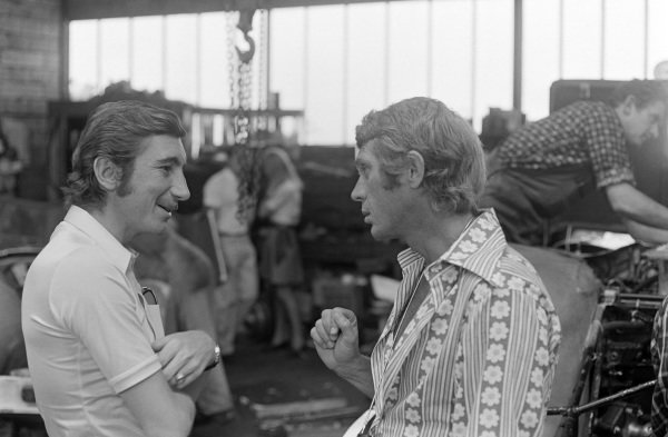 Jo Siffert in conversation with actor, Steve McQueen.