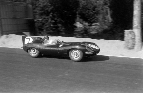 Tony Rolt / Duncan Hamilton, Jaguar Cars, Jaguar D-type.