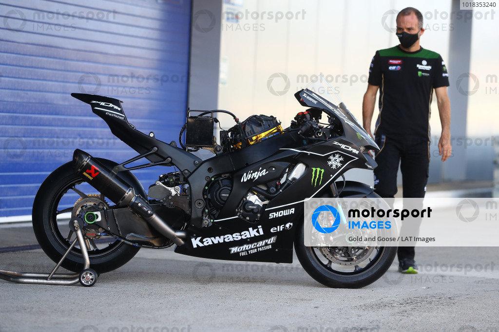 Kawasaki 2021 ZX10RR.