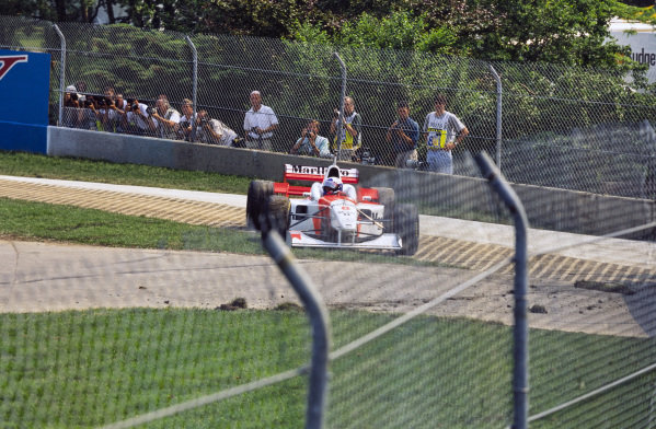 David Coulthard, McLaren MP4-11 Mercedes, off the circuit.