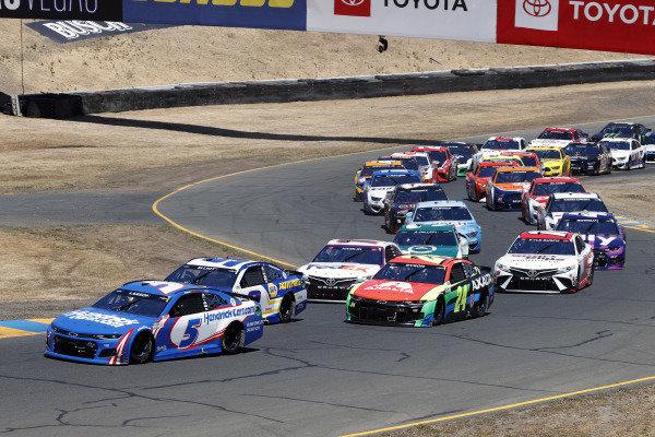 #5: Kyle Larson, Hendrick Motorsports, Chevrolet Camaro HendrickCars.com and #9: Chase Elliott, Hendrick Motorsports, Chevrolet Camaro NAPA Auto Parts