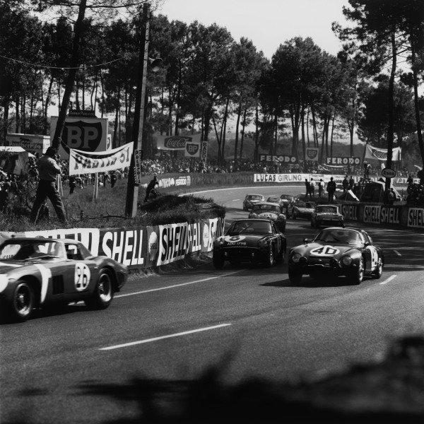 Le Mans, France. 20th - 21st June 1964. Fernand Masoero/Jean Rolland, Alfa Romeo Giulia TZ-1, (#40), retired, action. World Copyright: LAT Photographic. Ref: 25169