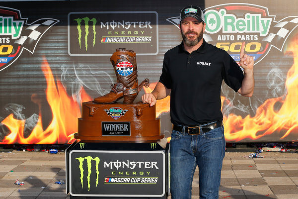 2017 Monster Energy NASCAR Cup Series O'Reilly Auto Parts 500 Texas Motor Speedway, Fort Worth, TX USA Sunday 9 April 2017 Jimmie Johnson celebrates in victory lane  World Copyright: Russell LaBounty/LAT Images ref: Digital Image 17TEX1rl_5511