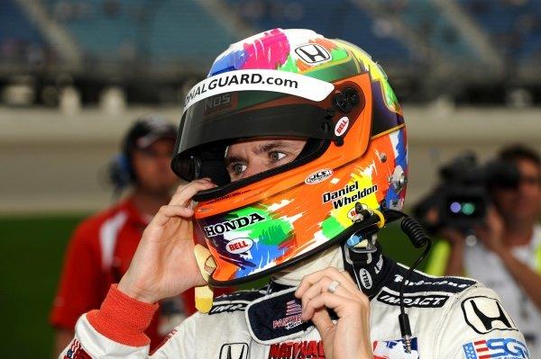 Dan Wheldon (GBR) Panther Racing. IndyCar Series, Rd15, Peak Anti Freeze 300, Chicagoland Speedway, Joliet, Illinois, USA, 29-30 August 2009.