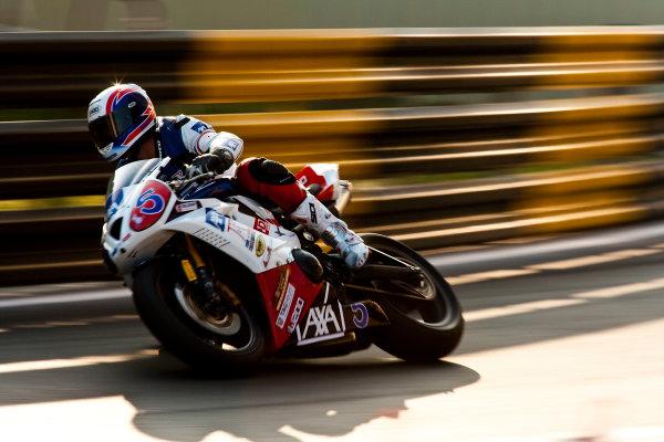 19th - 22nd November 2009. Circuit de Guia, Macau. Amaury Baratin, (Team of Paris - AXA Racing). Action. World Copyright: Drew Gibson/LAT Photographic.ref: Digital Image _Y2Z2174