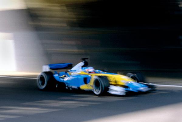 2003 British Grand PrixSilverstone, England. 18th - 20th July 2003.Fernando Alonso, Renault R23, action.World Copyright: Lorenzo Bellanca / LAT Photographic ref: 35mm Image 03GB20