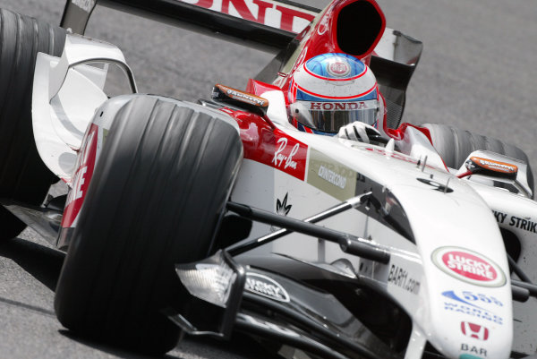 2004 Belgian Grand Prix - Sunday Race,Spa-Francorchamps, Belgium. 29th August 2004 Jenson Button, BAR Honda 006, action.World Copyright: Steve Etherington/LAT Photographic ref: Digital Image Only