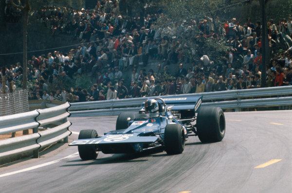 1971 Spanish Grand Prix.  Montjuich Park, Barcelona, Spain. 16-18th April 1971.  François Cevert, Tyrrell 002 Ford, 7th position, corrects a slide.  Ref: 71ESP09. World Copyright: LAT Photographic