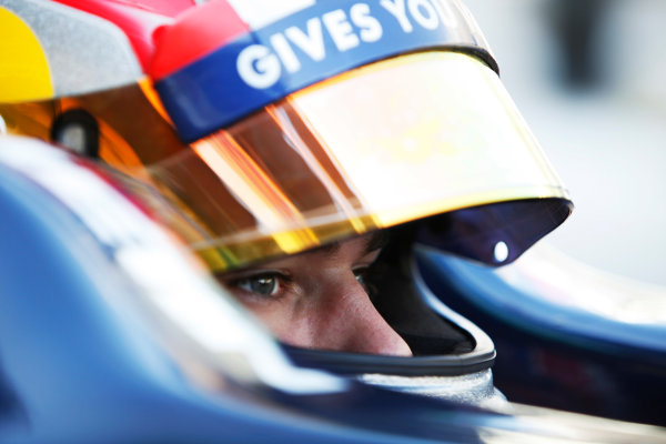 2015 GP2 Series Round 11. Yas Marina Circuit, Abu Dhabi, United Arab Emirates. Friday 27 November 2015. Pierre Gasly (FRA, DAMS). Photo: Zak Mauger/GP2 Series Media Service. ref: Digital Image _MG_4626