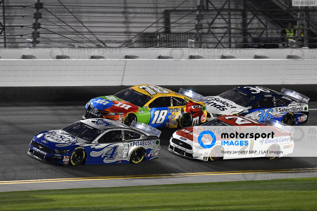#4: Kevin Harvick, Stewart-Haas Racing, Ford Mustang Busch Light #PIT4BUSCH, #21: Matt DiBenedetto, Wood Brothers Racing, Ford Mustang Motorcraft/Quick Lane, #18: Kyle Busch, Joe Gibbs Racing, Toyota Camry M&M's, and \c36