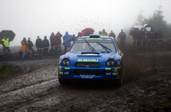 2001 FIA World Rally Championship.Rally of Great Britain. Cardiff, Wales. November 22-25, 2001.Richard Burns during shakedown.Photo: Ralph Hardwick/LAT