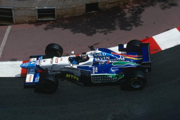 1996 Monaco Grand Prix.Monte Carlo, Monaco. 16-19 May 1996.Gerhard Berger (Benetton B196 Renault) at Lower Mirabeau.Ref-96 MON 49.World Copyright - LAT Photographic