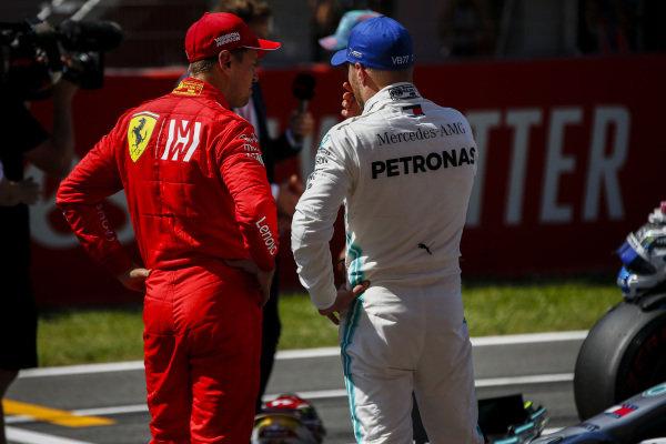 Pole Sitter Valtteri Bottas, Mercedes AMG F1 and Lewis Hamilton, Mercedes AMG F1 celebrate in Parc Ferme