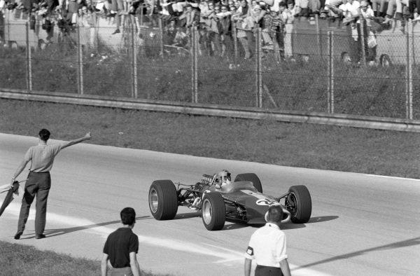 Giancarlo Baghetti, Lotus 49 Ford.
