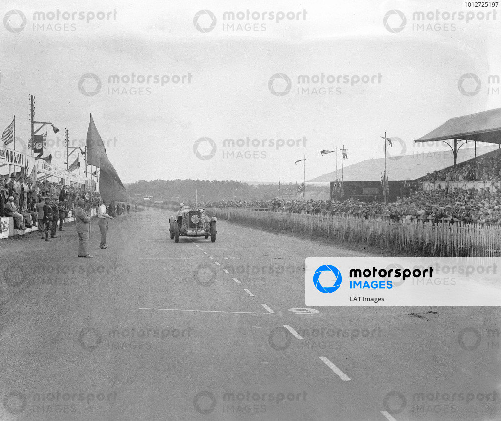 1930 Le Mans 24 hours.