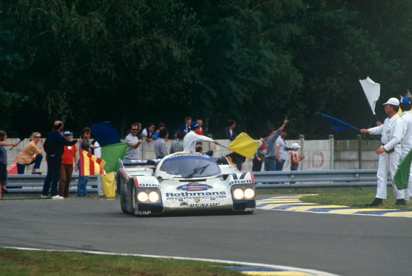 Le Mans, France. 11th - 12th June 1987.Hans-Joachim Stuck/Al Holbert/Derek Bell (Rothmans Porsche 962C), 1st position, action. World Copyright: LAT PhotographicRef: 87LM